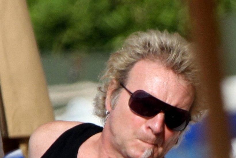 Aerosmith jättis trummari südameprobleemide tõttu kontserdid ära