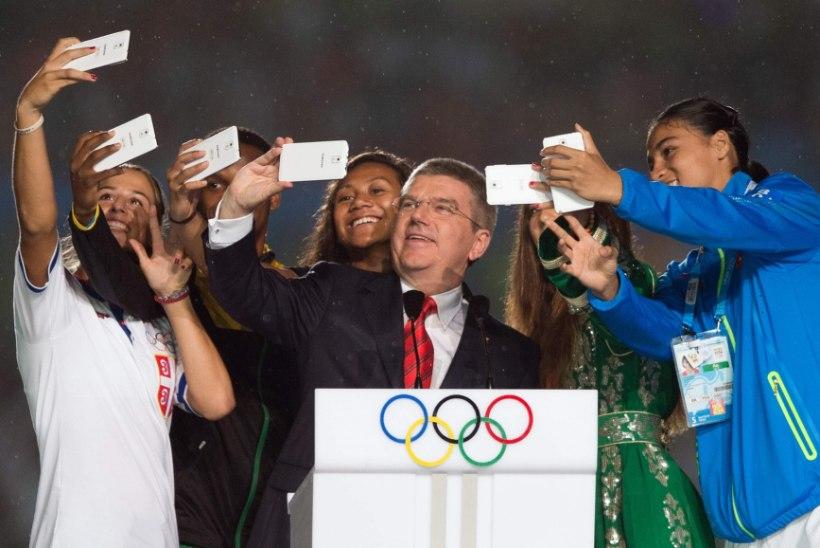 Olümpiajuht Thomas Bach ihkab Tokyo suvemängud nooruslikumaks putitada