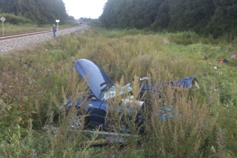 Pärsti külaelanik traagilisest liiklusõnnetusest: rongi hoiatusvilet oli kuulda  kahe kilomeetri  kaugusele!