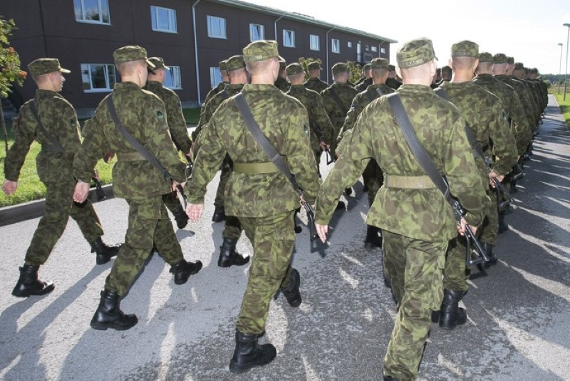 Erukindral Urmas Roosimägi: reformarite ajateenistuse-plaaniga saab välja õpetada vaid kahuriliha!