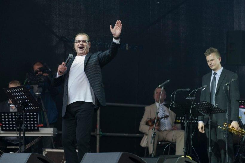 """GALERII: vaata, kes käisid Vabaduse väljakul kontserdil """"Balti kett 25"""""""