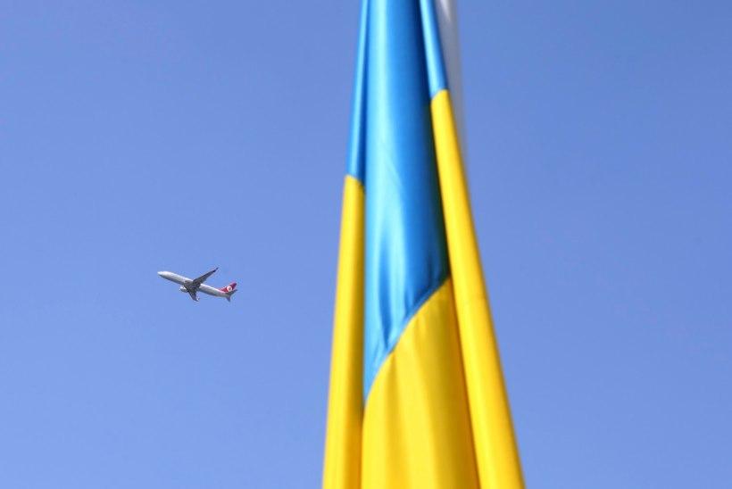 Ukraina lipp Moskva jõesillal