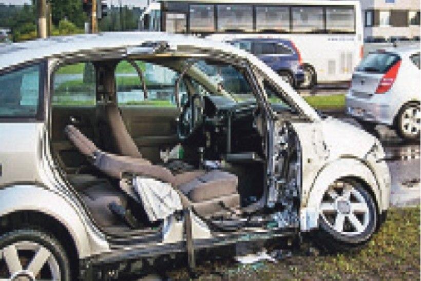 Operatiivautod sattusid järjest avariisse