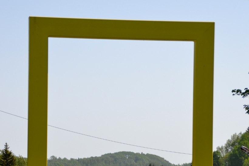 Avasta Eestimaad: kollastest akendest paistab Lõuna-Eesti