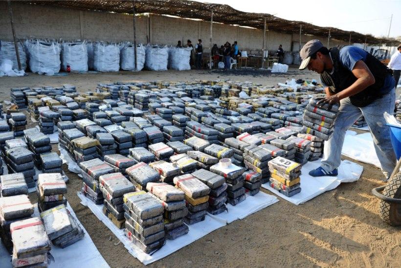 PERUU POLITSEI LEID: 3,3 tonni kokaiini korraga