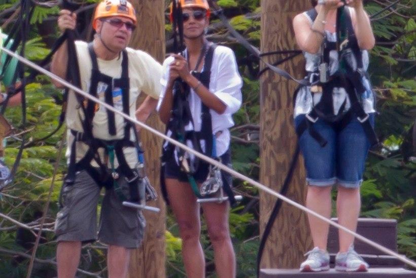 FOTOD: Halle Berry turnis seiklusrajal!
