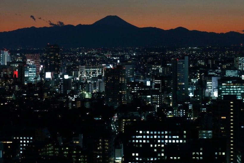 Tokyot raputas tugev maavärin