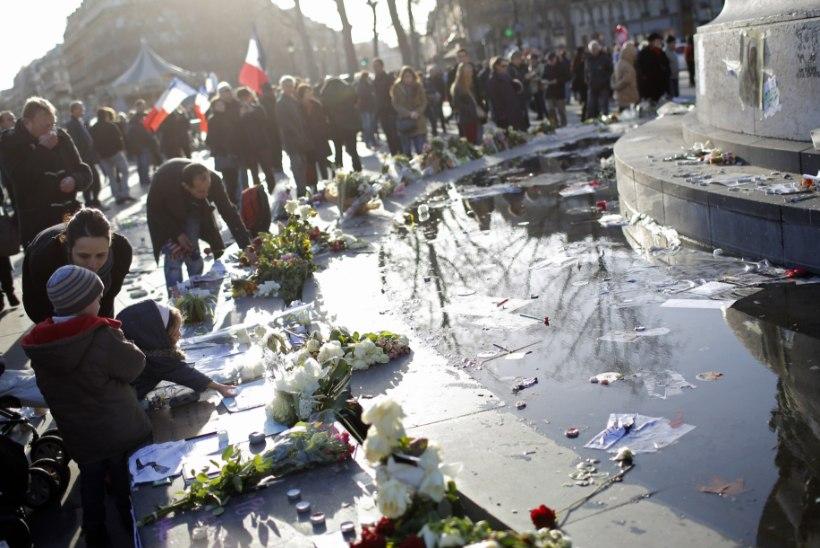 JÄLGI OTSE: Pariisi solidaarsusmarss möödub snaiprite valsva pilgu all