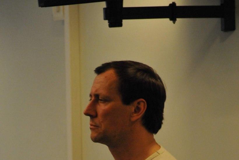 VAHETUSTEHING VÕI MENETLUS?! Riigireetur Aleksei Dressen viidi Tartu vanglast menetlustoiminguteks minema