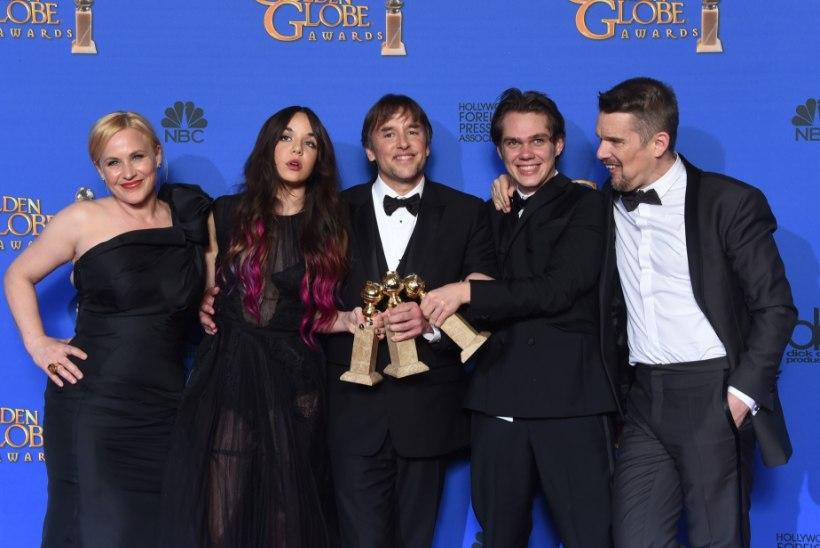 Poisist sirgub noormees: Kuldgloobuse võidufilm valmis 12 aastat