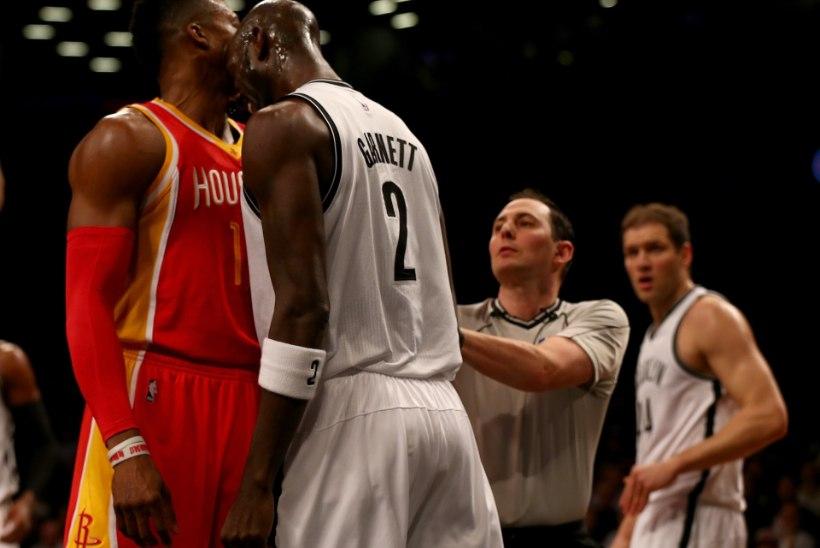 VIDEO: NBA-s läksid käsipidi kokku kaks kuulsat Koljatit