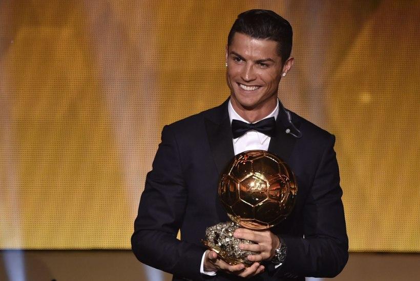 Vaata, kelle poolt hääletasid Ronaldo, Messi, Ibrahimovic, Casillas, Neymar ja teised staarid?