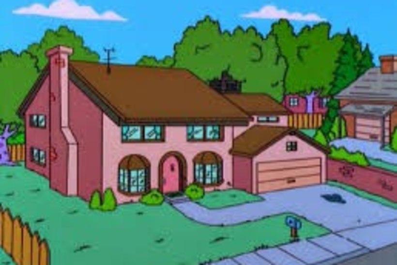 Venelasest fänn ehitab endale Simpsonite maja koopia