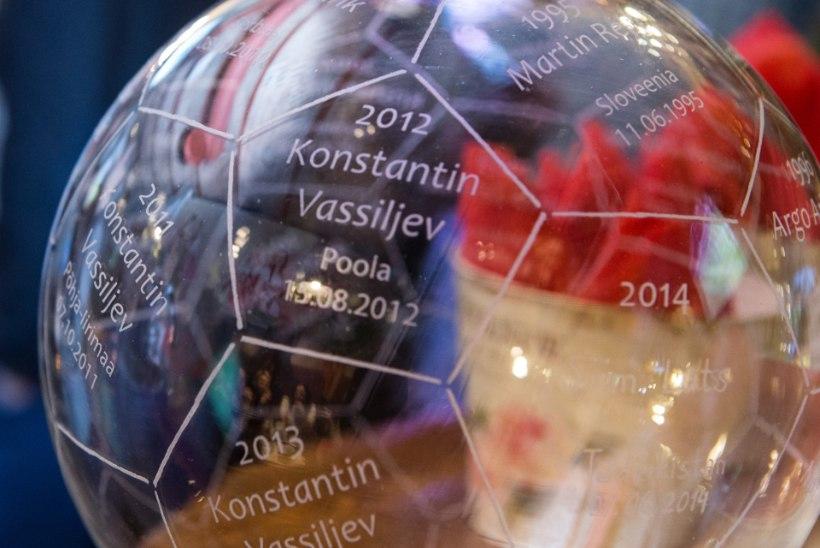 ÕHTULEHE VIDEO ja FOTOD | Hõbepallid jagatud: lõppenud aasta kauneima värava lõi Luts, parimatest parimaks sai aga Kostja koll Hollandi võrku