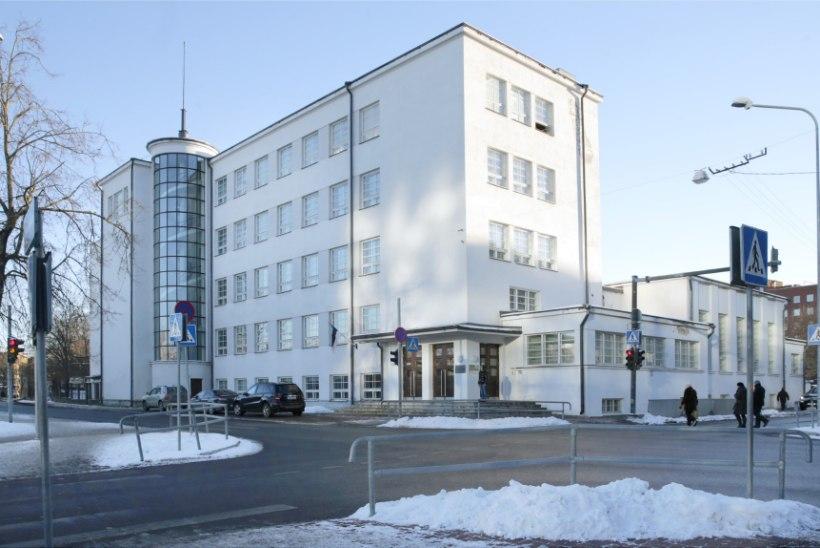 Kesklinna Vene Gümnaasium pani interneti kinni ja kavatseb konfiskeerida nutividinad