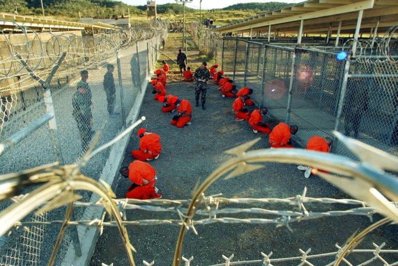Guantánamo vang nr 760: naisvalvurid sundisid seksima
