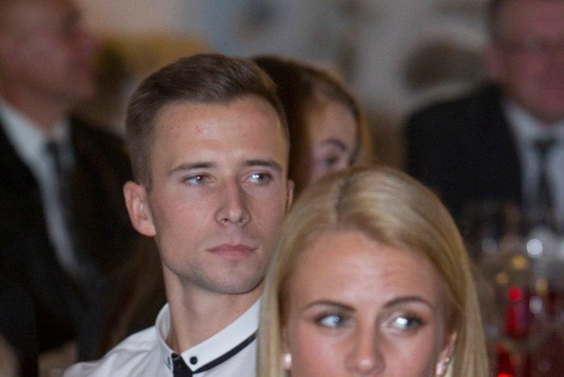 FOTOUUDIS: Grit Šadeiko ja Rasmus Mägi Tartu Rocki jäävanni pruukimas