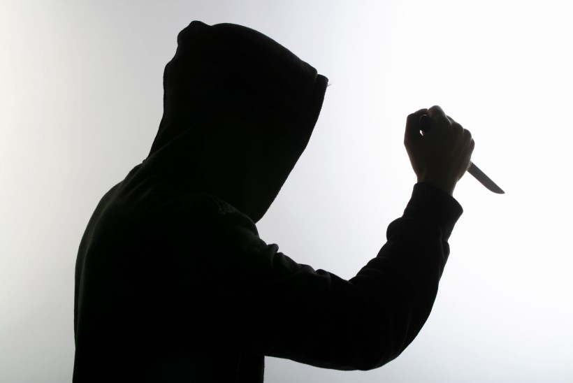 Bingo Lotoga võitnud mees pussitas võlguküsijat ning ähvardas Eesti Loto töötajaid