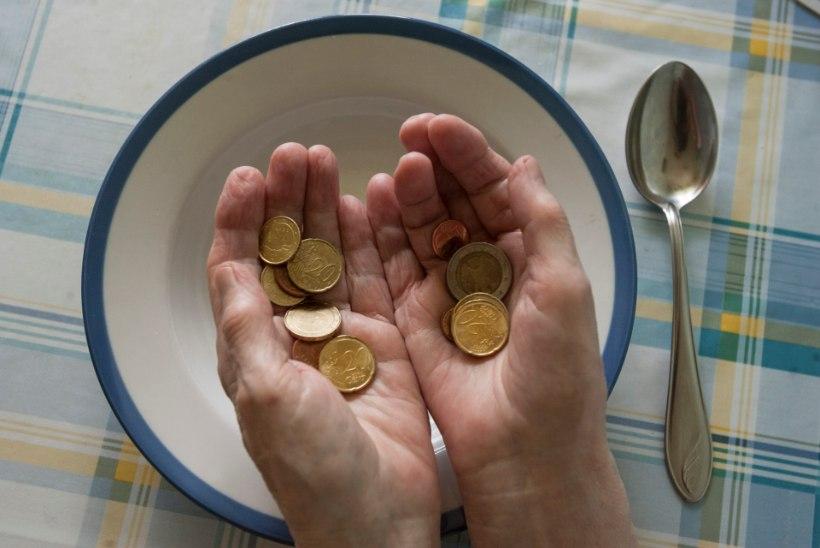 Lugeja vaesusest: tean minagi peret, kes kraabib suitsuraha kokku, aga majas pole kuivanud leibagi
