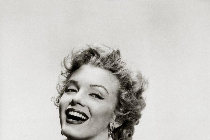 Uusaastatõotused näitavad Marilyn Monroe´d sihikindla ja õnnejanusena