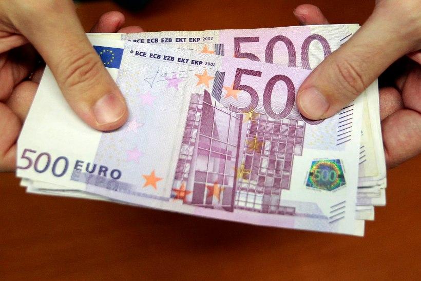 Õpetajate keskmine palk ületas esimest korda 1000 euro piiri