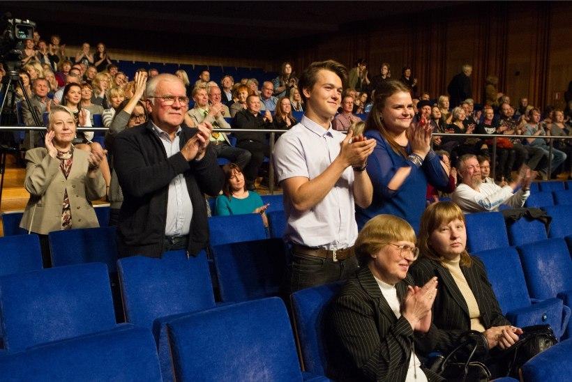 GALERII | Nordea Kontserdimajas laulsid tuntud muusikud John Lennoni auks
