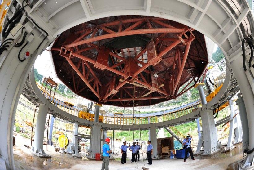 Hiinlased asuvad maailma suurima teleskoobiga tulnukaid jahtima
