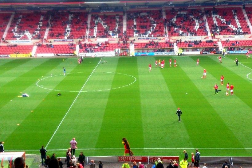 FOTOD | Mängu-eelne melu Henrik Ojamaa koduklubi Swindon Towni staadionil