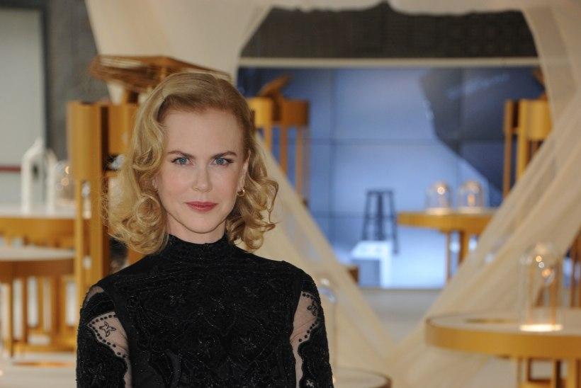 Näitlejatar Nicole Kidman on vanima tütre elust kustutatud