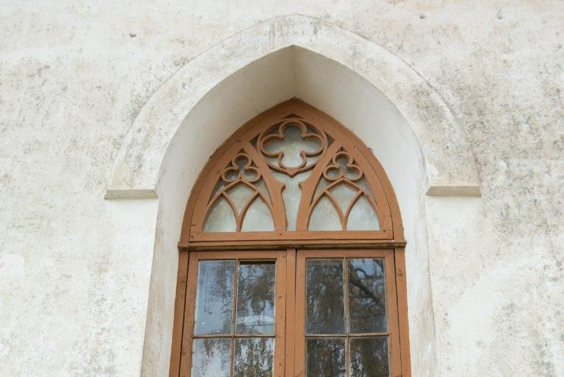 Kirikus vandaalitsenud poisikesed lootsid oreli taha peitudes tabamisest pääseda