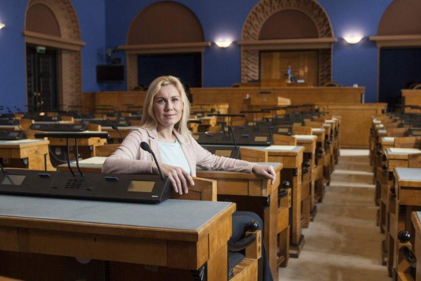 Keskerakonna esimeheks kandideeriv Kadri Simson: minu soov Edgar Savisaart säästa on siiras