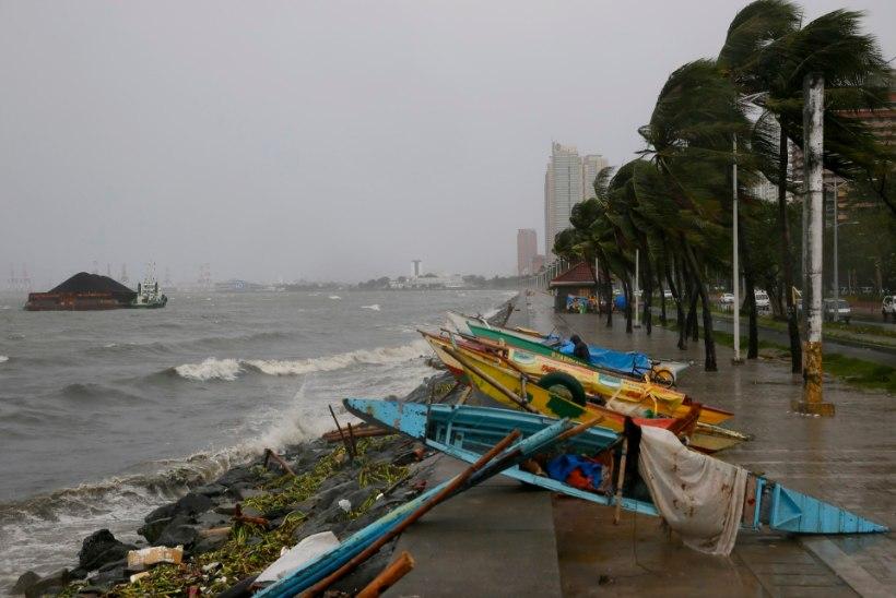 GALERII | Filipiinidel möllab taifuun Koppu
