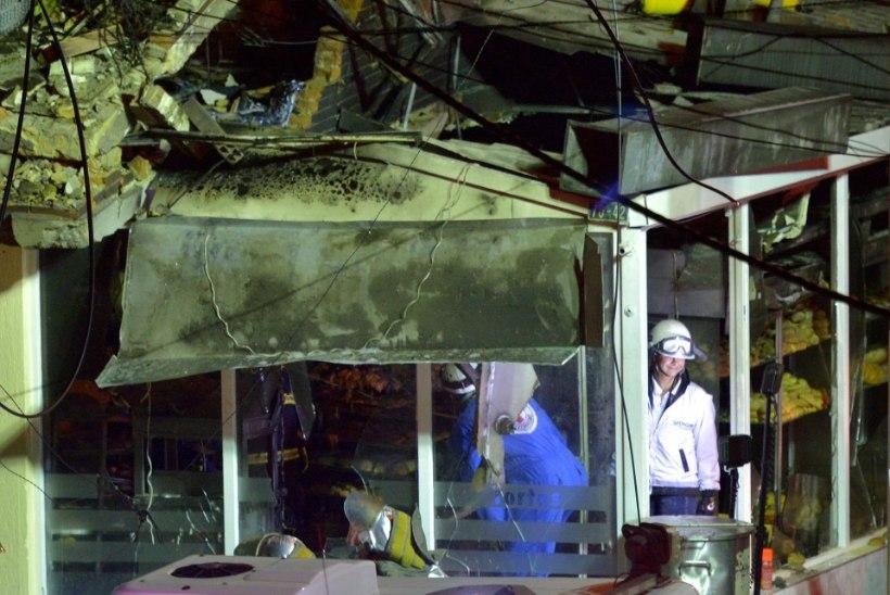 Väikelennuk kukkus pagaritöökotta, hukkus viis inimest