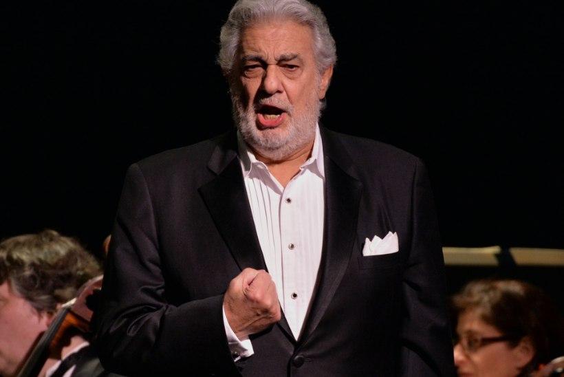 MÕNEKS AJAKS RIVIST VÄLJAS: Placido Domingo peaks Metropolitan Opera dirigendipulti naasma 2. novembril
