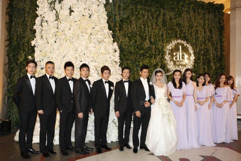 FOTOD | Hiina Kim Kardashian pidas 30 miljoni eurosed pulmad