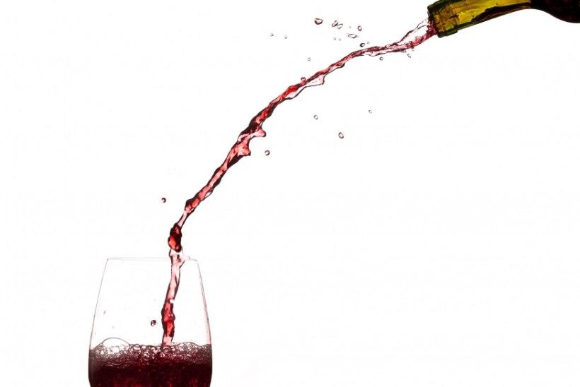 UURING: teismelised jäävad kergesti alkoholireklaami lõksu