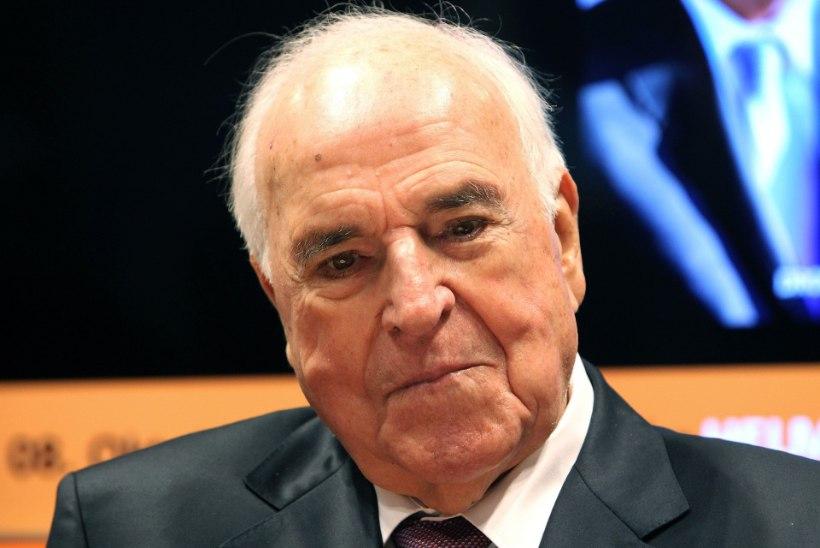 Arstid tõid Helmut Kohli elule tagasi