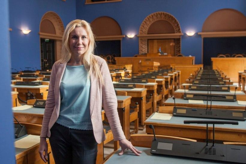 Pärnu keskerakondlased esitasid esimehe kandidaadiks Kadri Simsoni