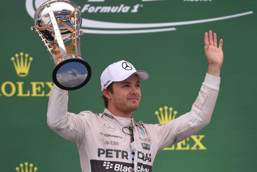 Nico Rosberg: Hamilton sõitis mind esimeses kurvis rajalt välja
