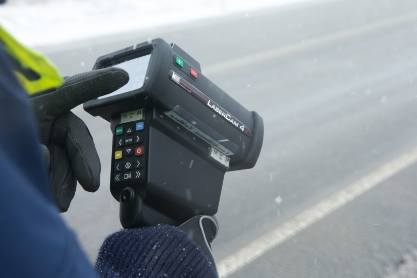 LUHVTITAGEM SAJALISI: järgmisel aastal tuleb liikluses ka pisirikkumiste eest välja käia sadu eurosid