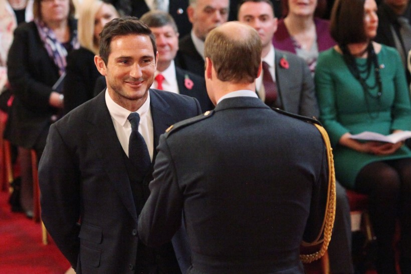 UHKED FOTOD | Frank Lampard sai prints Williamilt ordeni rinda
