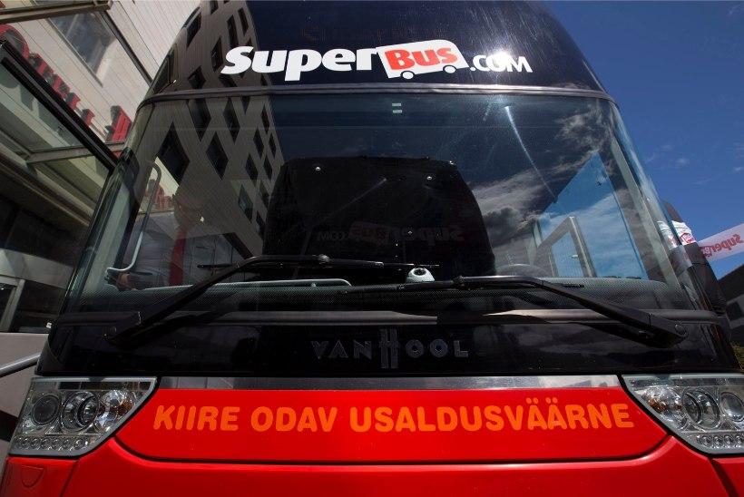 Üliodavaid pileteid lubav Šoti bussifirma sai lõpuks liiniloa