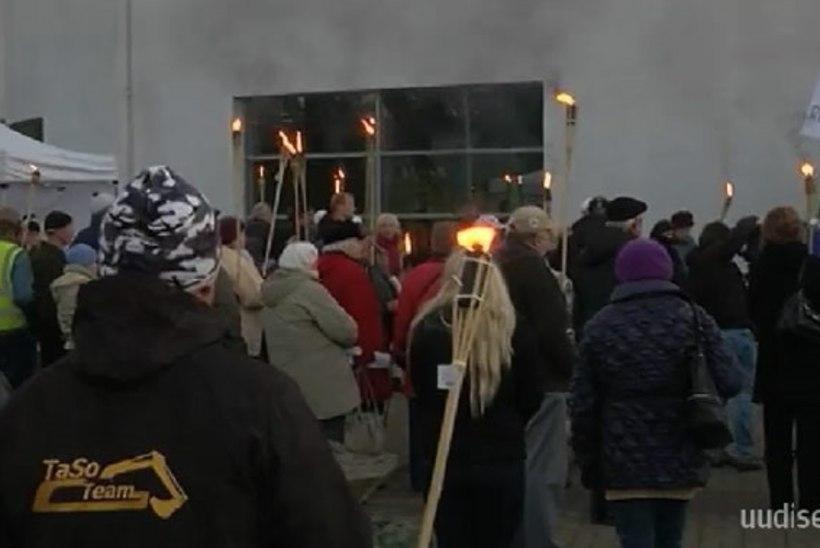 TV3 VIDEO | Valgalased kogunesid pagulastevastasele meeleavaldusele