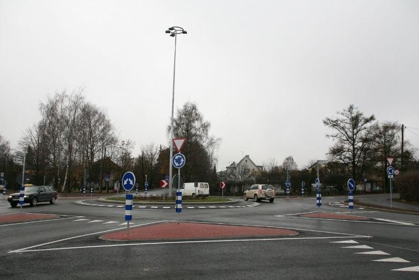 Tartu viie tee ristmik sai liiklejatele turvalisemaks