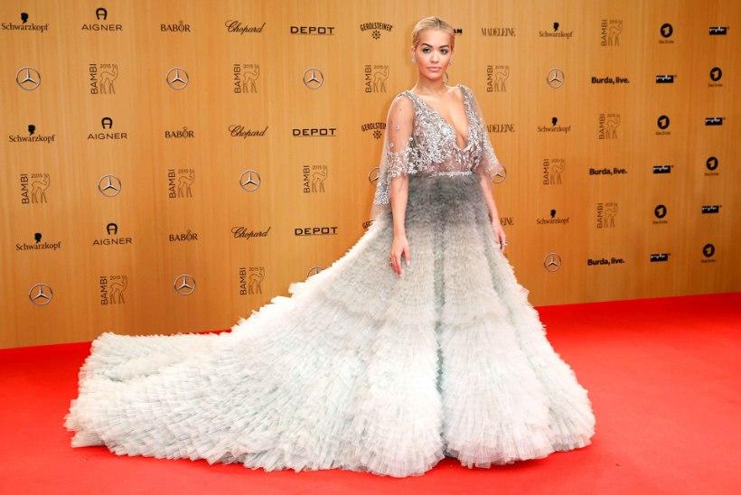 KAUNIS: Rita Ora säras Berliinis ebamaises kleidis