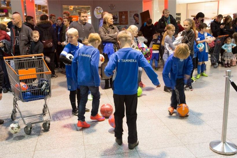 ÕHTULEHE VIDEO JA GALERII | Tartu Lõunakeskus täitus suurte ja väikeste kõksijatega