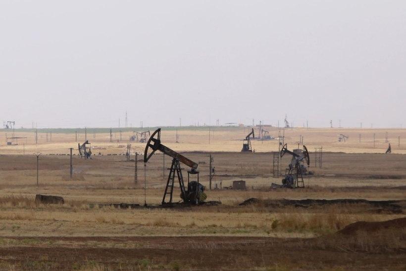 USA ajaleht: ameeriklased ründasid esmakordselt Islamiriigi naftaveokeid