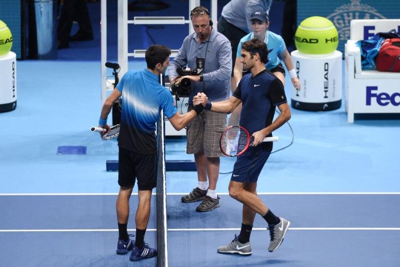 GALERII | Federer lõpetas maailma esireketi hirmpika võiduseeria
