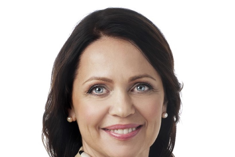 Priit Toobali asemele astus riigikogus Anneli Ott