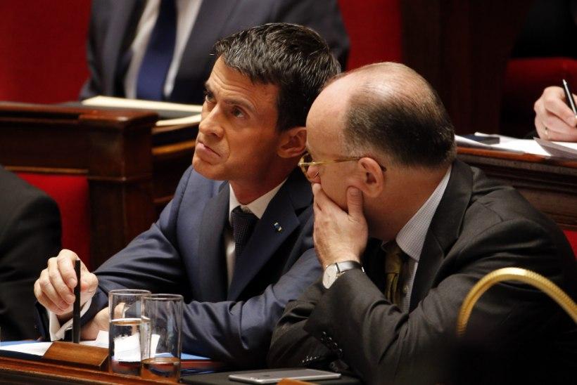 Manuel Valls: Prantsusmaad ohustab keemiarünnak